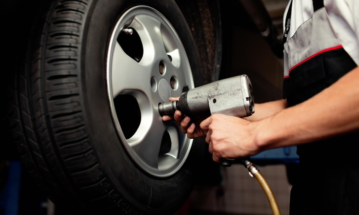 Auto Point Car Care - Blue Bird Park: 10% Off Car Services of $100 or More at Auto Point Car Care