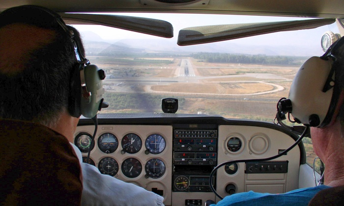 Twin Cities Aviation - Multiple Locations: $89 for an Introductory Flight Lesson from Twin Cities Flight Training ($180 Value)