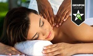 Scaria Wellness: Lomi-Lomi-Nui-Rücken-Nackenmassage inklusive Körperpeeling und optional Sekt und Tee bei Scaria Wellness ab 23,90 €
