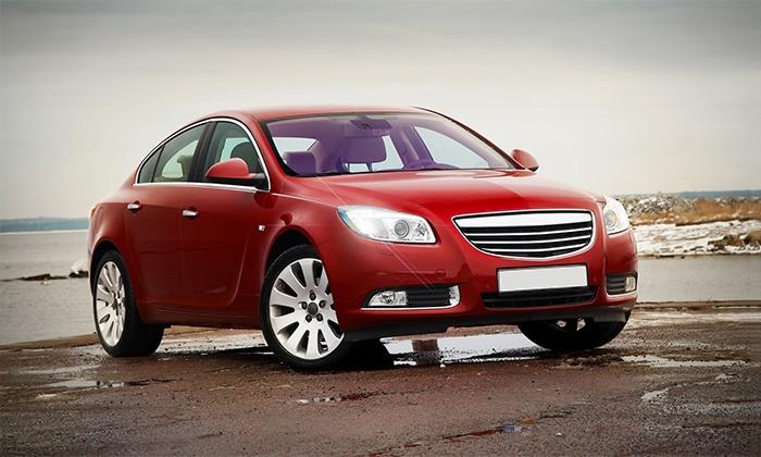 Cleancars 24 - Berlin: Autopflege-Paket Basis, Standard oder Premium bei CleanCars-24 (bis zu 62% sparen*)