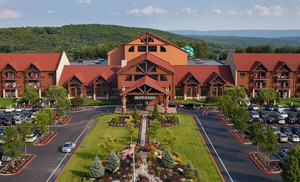 TripAlertz wants you to check out Stay with Water-Park Passes and Resort Credit at Great Wolf Lodge Pocono Mountains in Pennsylvania. Dates into November. Great Wolf Lodge Water-Park Hotel in Poconos - Great Wolf Lodge Poconos