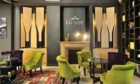 1h30 dinitiation et dégustation pour 2 personnes et 1 bouteille de vin en option dès 35 € chez Guyot Maison de Vins