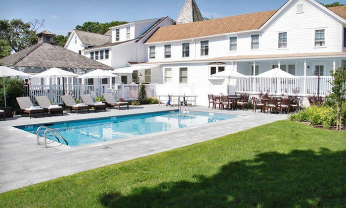 La Maison Blanche - Long Island, NY: One- or Two-Night Stay for Two in a Queen or King Room at La Maison Blanche in Shelter Island