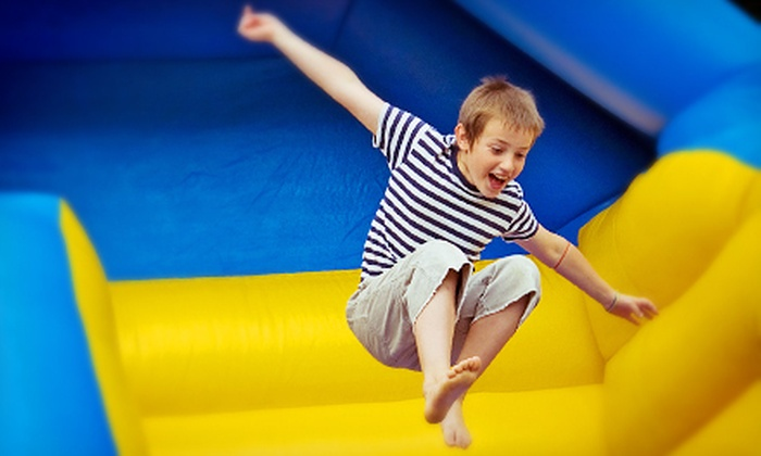 Club Just Jump - Woodbury: $14 for Four Open-Play Sessions at Club Just Jump ($28 Value)
