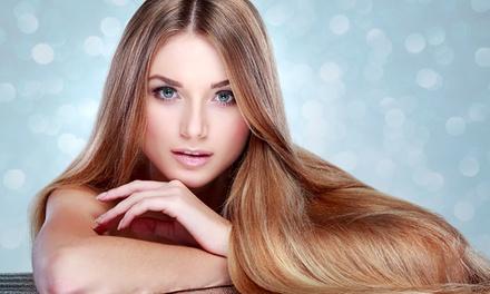 Hairstyling-Paket mit Intensivpflege und optional Färben oder Strähnchen bei kamm2cut ab 22,90 € (bis zu 60% sparen*)