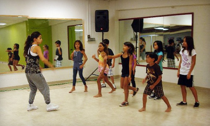 Diverse Art Center - Ala Moana - Kakaako: Dance Classes or Eight-Week Universal DJ School Course at Diverse Art Center (Up to 60% Off). Four Options Available.