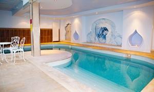 Hammam Spa Les Bains du Temple, 10e: Hammam, sauna, piscine, et modelage, avec gommage en option pour 1 personne au Hammam Spa Les Bains du Temple, 10e