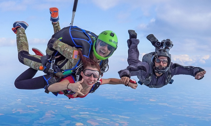 Skydive Paraclete XP - McLauchlin: $189 for a Tandem Skydiving Jump with a Video and Photo Credit at Skydive Paraclete XP ($230 Value)