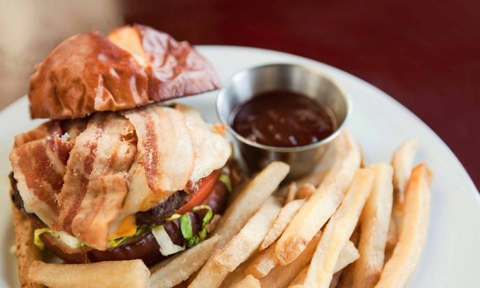 The Yardhouse - Hillurst: Pub Food and Drinks at The Yardhouse (Up to 50% Off)