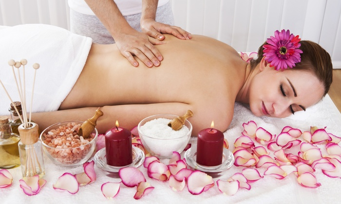 Amazing Thai Massage and Spa - Valencia: 60- or 90-Minute Deep-Tissue Massage at Amazing Thai Massage and Spa (Up to 51% Off)