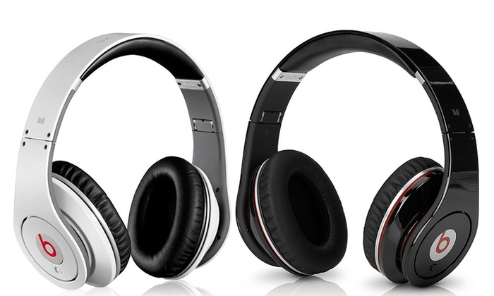 casque audio beats studio by dr dre reconditionn groupon. Black Bedroom Furniture Sets. Home Design Ideas