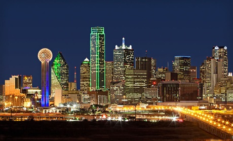 Spacious Rooms near Dallas Attractions
