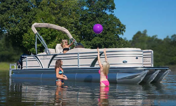 Lake Wylie Boat Rental - Charlotte: $225 for Full-Day Weekday Pontoon Rental from Lake Wylie Boat Rental ($300 Value)