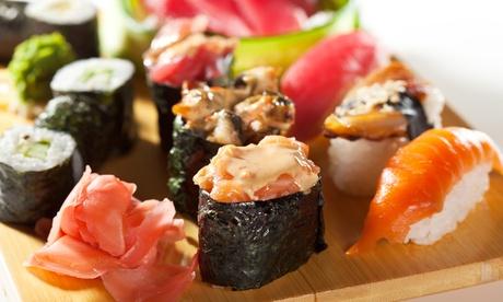 Bandeja de 32 piezas de sushi y bebida para recoger por 19,95 €