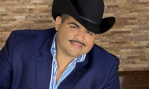 Chuy Lizarraga: Chuy Lizarraga on Saturday, November 28, at 9 p.m.