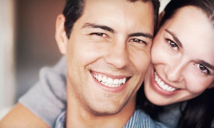 Oak Park Dental Group - Chatham Parkway: $89 for an In-Office Teeth-Whitening Treatment at Oak Park Dental Group ($350 Value)