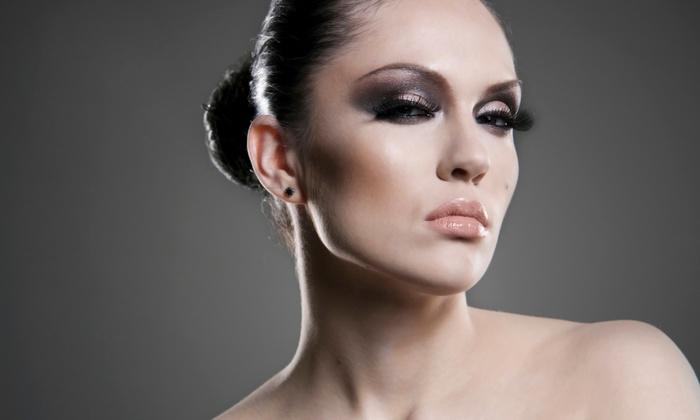 Savarnas Beauty - Chesapeake: One Set of Suave or Glam Eyelash Extensions at Savarnas Beauty (Up to 50% Off)