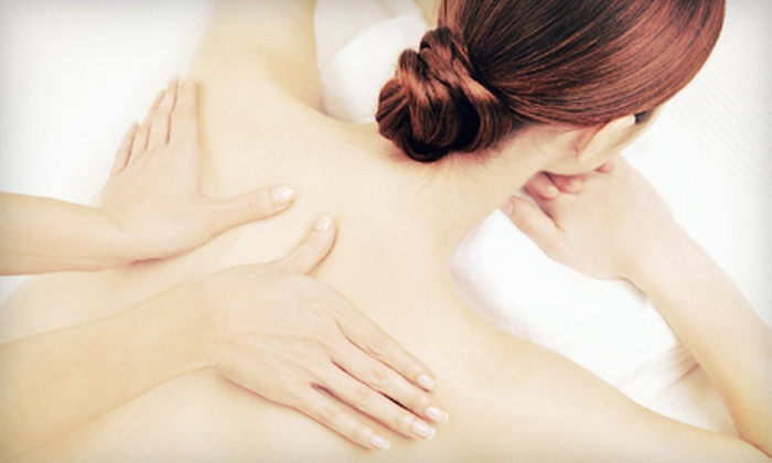 Iconic Nail Spa - Rockville Centre: $39 for a Body and Foot Massage at Iconic Nail Spa (Up to $95 Value)
