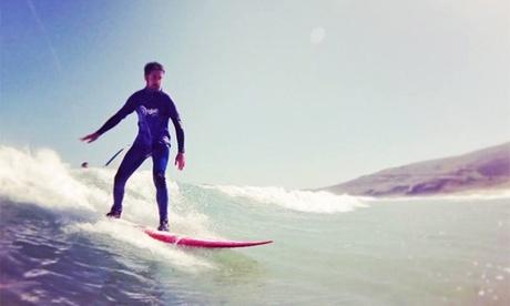 Bautismo de surf para dos o cuatro personas desde 19,90 € en Arteixo