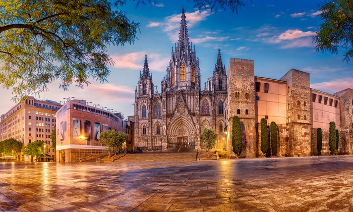 8-Day Spain Vacation with Airfare from Gate 1 Travel