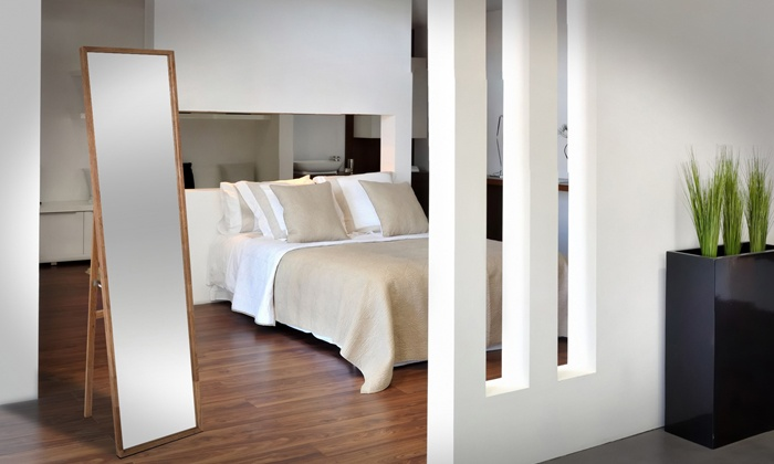 Miroir sur pied groupon shopping for Miroir en bois flotte blanc