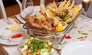 Rucola: Wybrany półmisek dla 2 osób za 79 zł i więcej opcji w restauracji Rucola