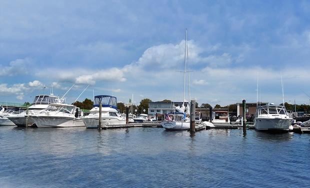 Seaport Inn & Marina - Fairhaven, MA: Stay at Seaport Inn & Marina in Fairhaven, MA. Dates into December.