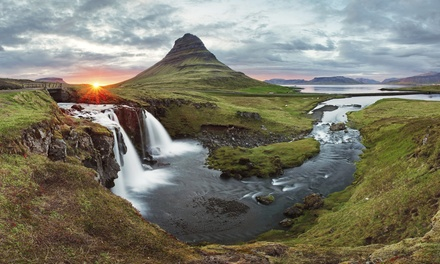 ✈ Reykjavik: 2 to 5 Nights with Northern Lights Tour, Return Flights and Option for Other Tours at a Choice of Hotels*