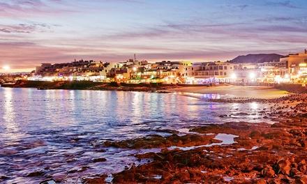 ✈Lanzarote: 4 o 7 noche para 1 en régimen de de media pensión y vuelo de I/V en Blue Sea Costa Teguise Gardens