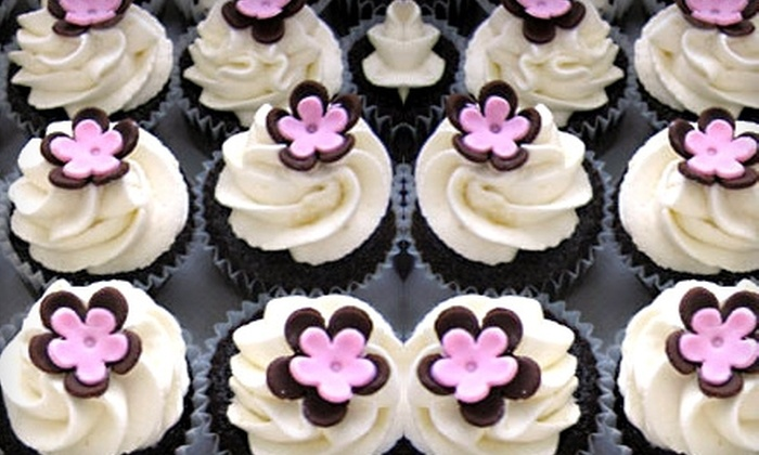 Sweet Dreams - Colma: $18 for a Dozen Cupcakes at Sweet Dreams ($36 Value)