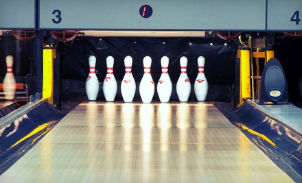 $25 for Bowling for Up to Six with Shoe Rentals, Pizza, and Drinks at Fatman Sports Lounge & Lanes (Up to $145 Value)