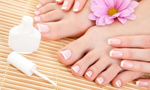 Institut L'O de Beauté: Beauté des mains et des pieds avec pose de vernis semi-permanent couleur ou french à 39,90 € à l'institut L'O de Beauté