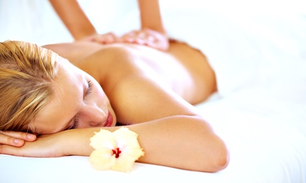 1x oder 2x 55 Min. Relax-Ganzkörpermassage mit Aromaöl bei Wax & Care (bis zu 55% sparen*)