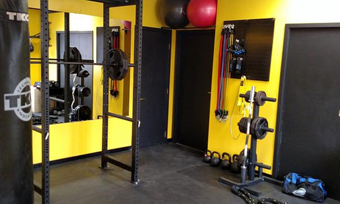 Brock's Fitness - Warren: Four Personal Training Sessions at Brock's Fitness (45% Off)