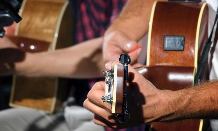 Vez Guitar Academy - Alhambra: Four or Eight 30-Minute Guitar Lessons at Vez Guitar Academy (Up to 68% Off)