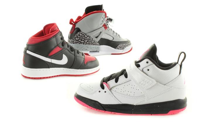 Nouveaux produits 1e051 245ce Baskets Nike Air Jordan enfant et junior | Groupon Shopping