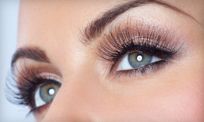 Eye Flirt and Flutter - Downtown Scottsdale: Full Eyelash Extensions with Up to Two Optional Refills at Eye Flirt and Flutter (Up to 63% Off)