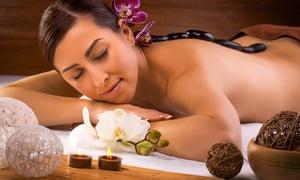 Araba Fenice: Scrub corpo, maschera viso, doccia solare con in più uno o 3 massaggi da 19,90 €