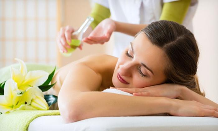 Mirage Oriental Massage - Mishawaka: $35 for a 60-Minute Essential Oil Massage at Mirage Oriental Massage ($70 Value)