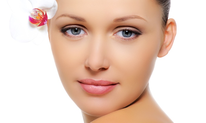 New Look Vein and Aesthetic Center - Saint Louis: One or Two Brightening, Acne, or Anti-Aging Facial Peels at New Look Vein and Aesthetic Center (Up to 60% Off)