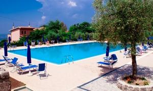 AGRITURISMO LA MOLARA: Ingresso in piscina, ombrellone, lettini e pranzo per 2 o 4 persone da Agriturismo La Molara (sconto fino a 63%)