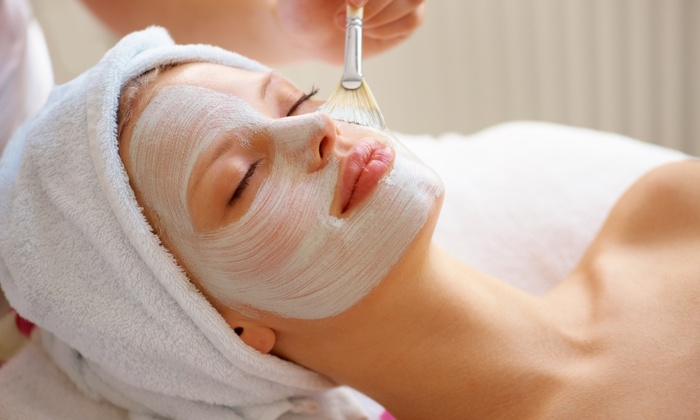 Kentlands professional body wax and skin care - Rockville: $95 for a One Hour Triple Emerald Facial at Kentlands Professional Body Wax and Skin Care ($250 Value)