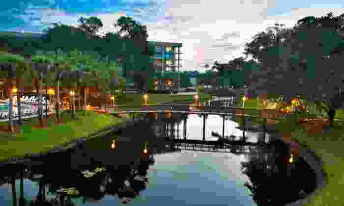 null - Orlando: Stay with Self-Parking and Internet Access at Sawgrass Marriott Golf Resort & Spa in Ponte Vedra, FL