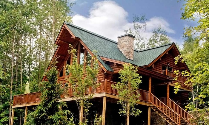 Blueberry Lake Resort - Blueberry Lake Resort: Stay for up to Eight in a Chalet at Blueberry Lake Resort in Mont-Tremblant, QC