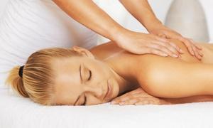 Karol Beauty Stylist: 3 o 5 massaggi da 50 minuti a scelta da Karol Beauty Stylist (sconto fino a 80%)