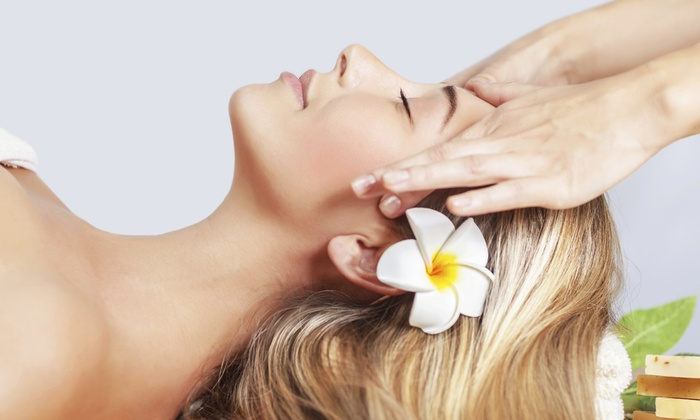 SpaBlu Facial & Waxing - York: Le Grande Classique Facial with Optional Hand and Paraffin Treatments at SpaBlu Facial & Waxing (Up to 53% Off)