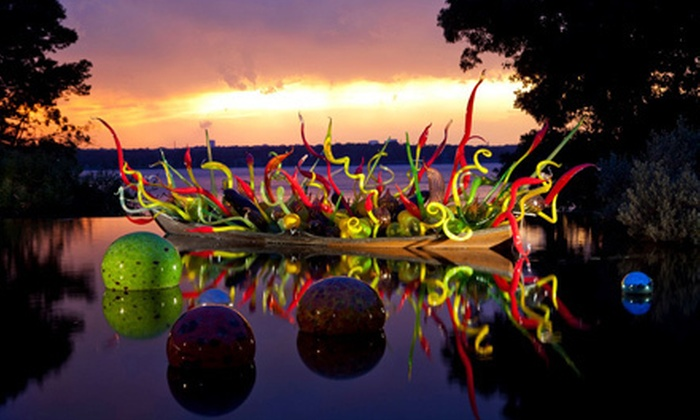 Dallas Arboretum (DUPE)   Dallas: Dale Chihuly Art Exhibit For Two, ...