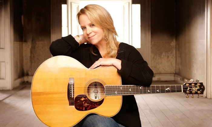 Mary Chapin Carpenter - Pabst Theater: Mary Chapin Carpenter on October 21 at 7 p.m.