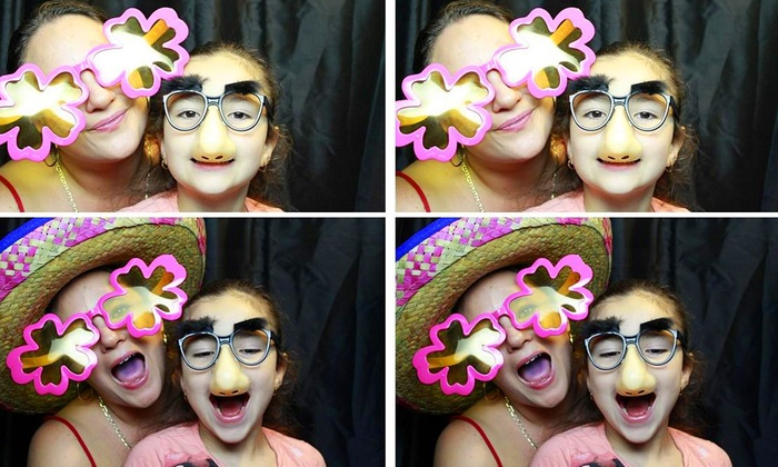PicStar Photo Booth - Orlando: $345 for a Three-Hour Rental with Unlimited Prints and an Onsite Attendant from PicStar Photo Booth ($695 Value)