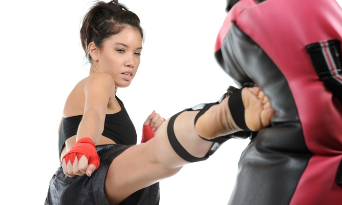 Oahu Taekwondo Center - Pearl City: 10 or 20 Women's Kickboxing Classes at Oahu Taekwondo Center (67% Off)